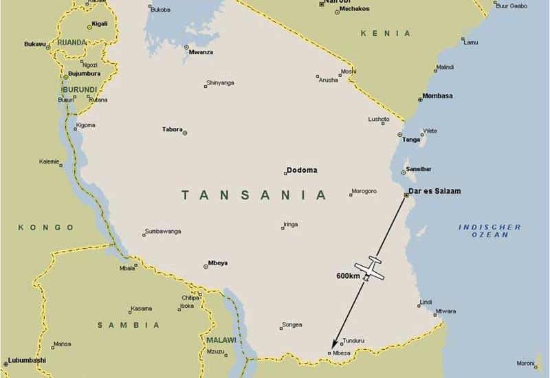Mbesa is close to the Mozambiquan border Mbesa liegt nahe der tansanisch-mosambikanischen Grenze